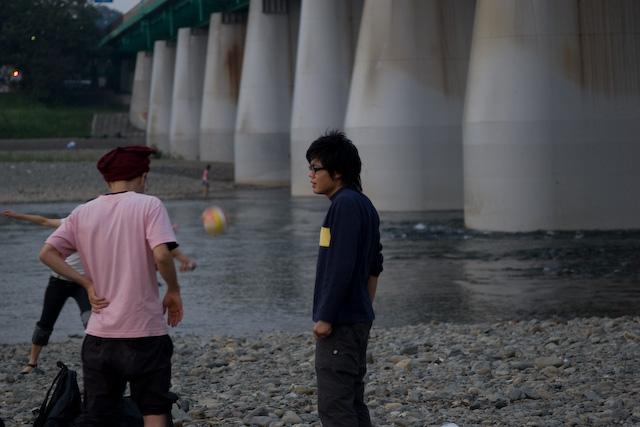 多摩川に集う若人達(もちろん撮影している私含む(-_-;))